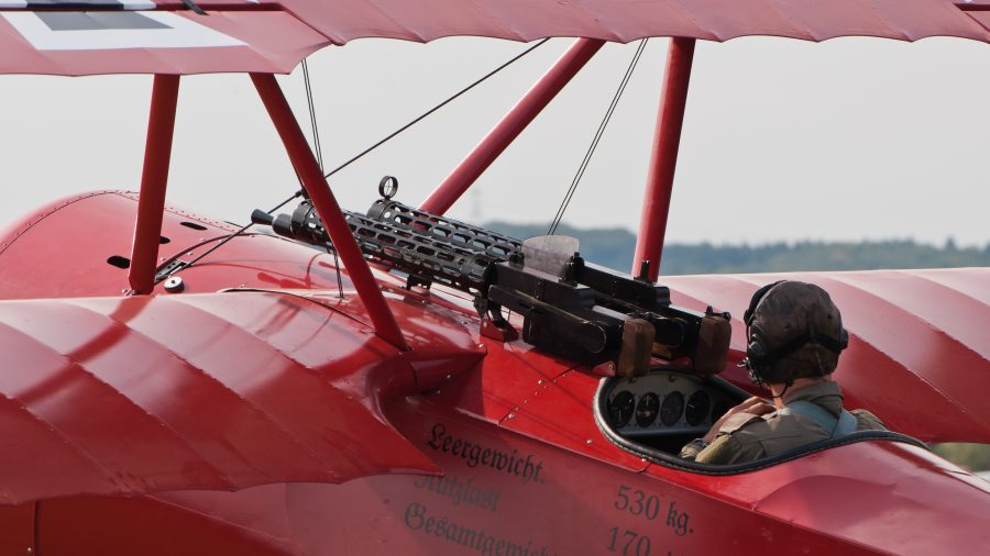 Twin Synchronized lMG 08s on a replica Fokker DR.I