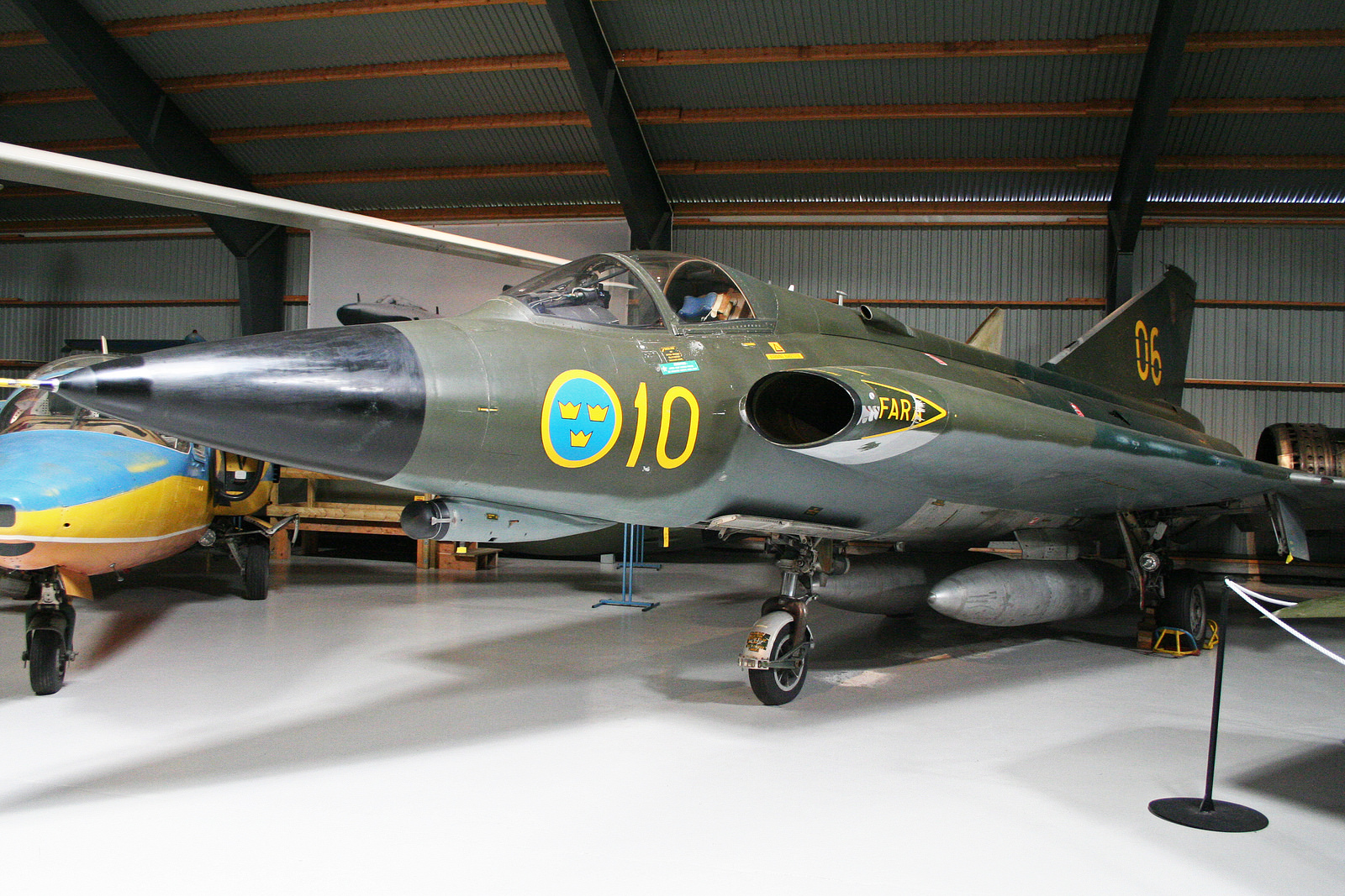 Saab 35 Draken - Plane-Encyclopedia