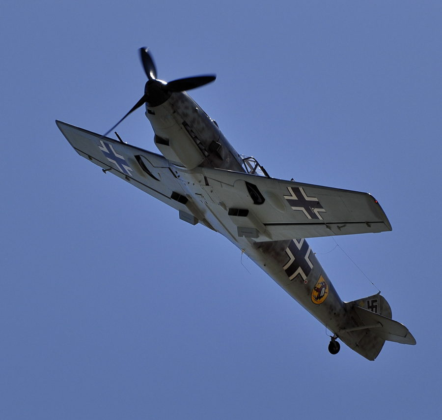 bf-109-underside-flight