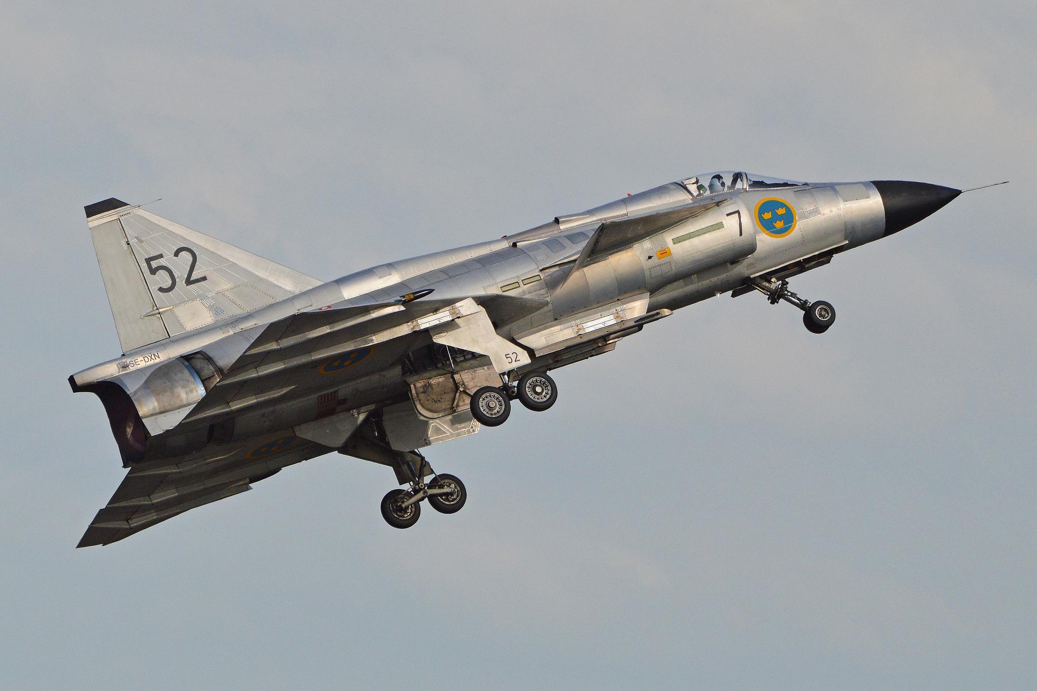 Saab Viggen - Landing Gear